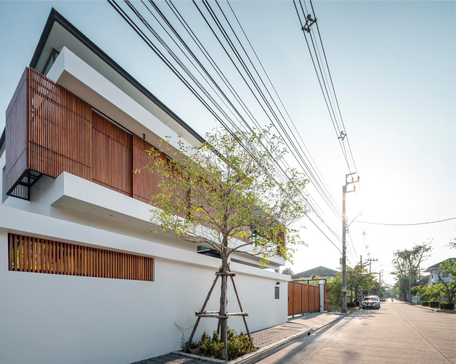 Bangkae House