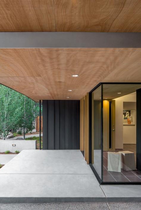 Blackbird House
