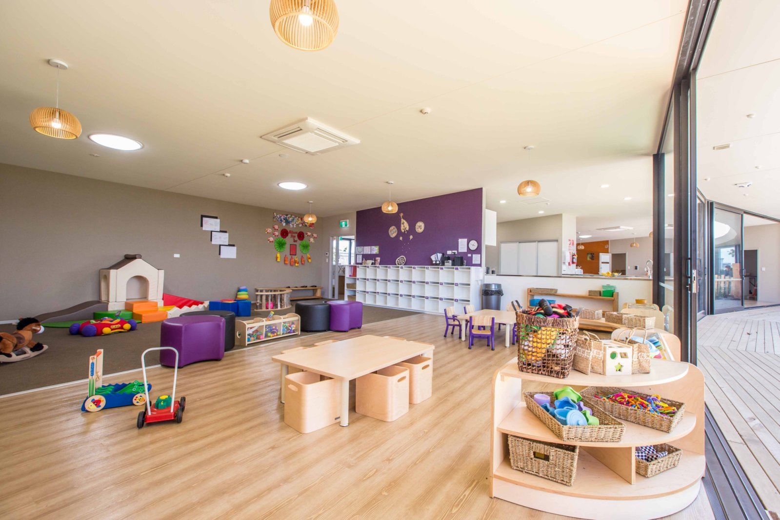 childs day care center - HD1599×1066