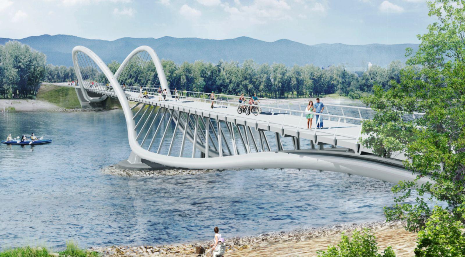 Bridge to Tatyshev Island