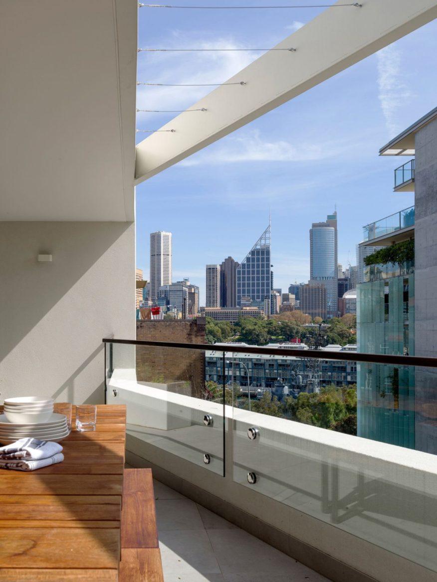 Duplex & the City