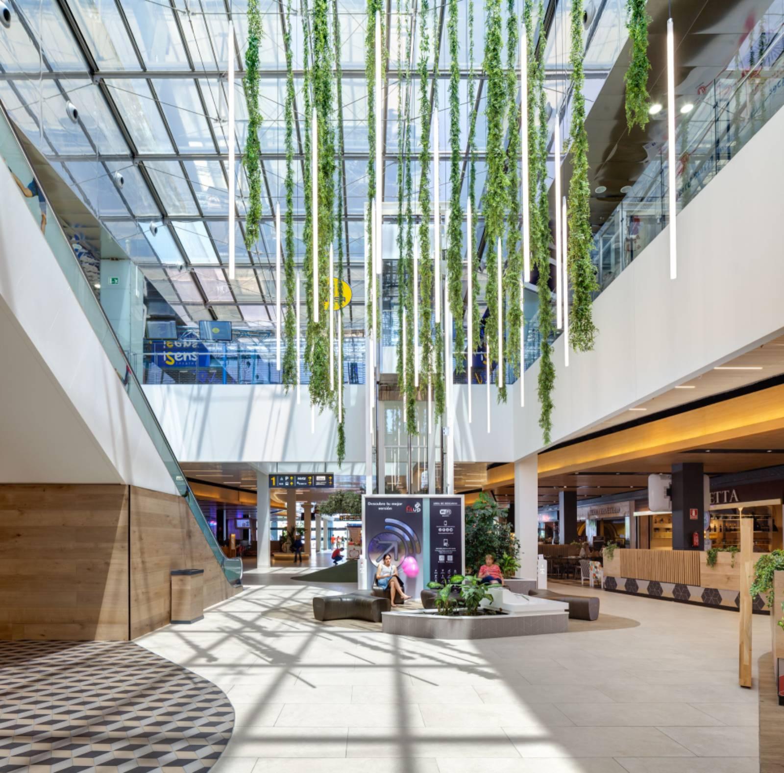 Equinoccio Shopping Centre reform