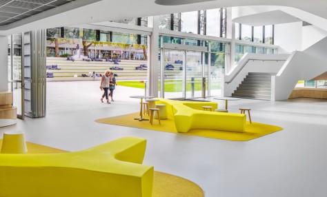 Flinders University Plaza and Student Hub