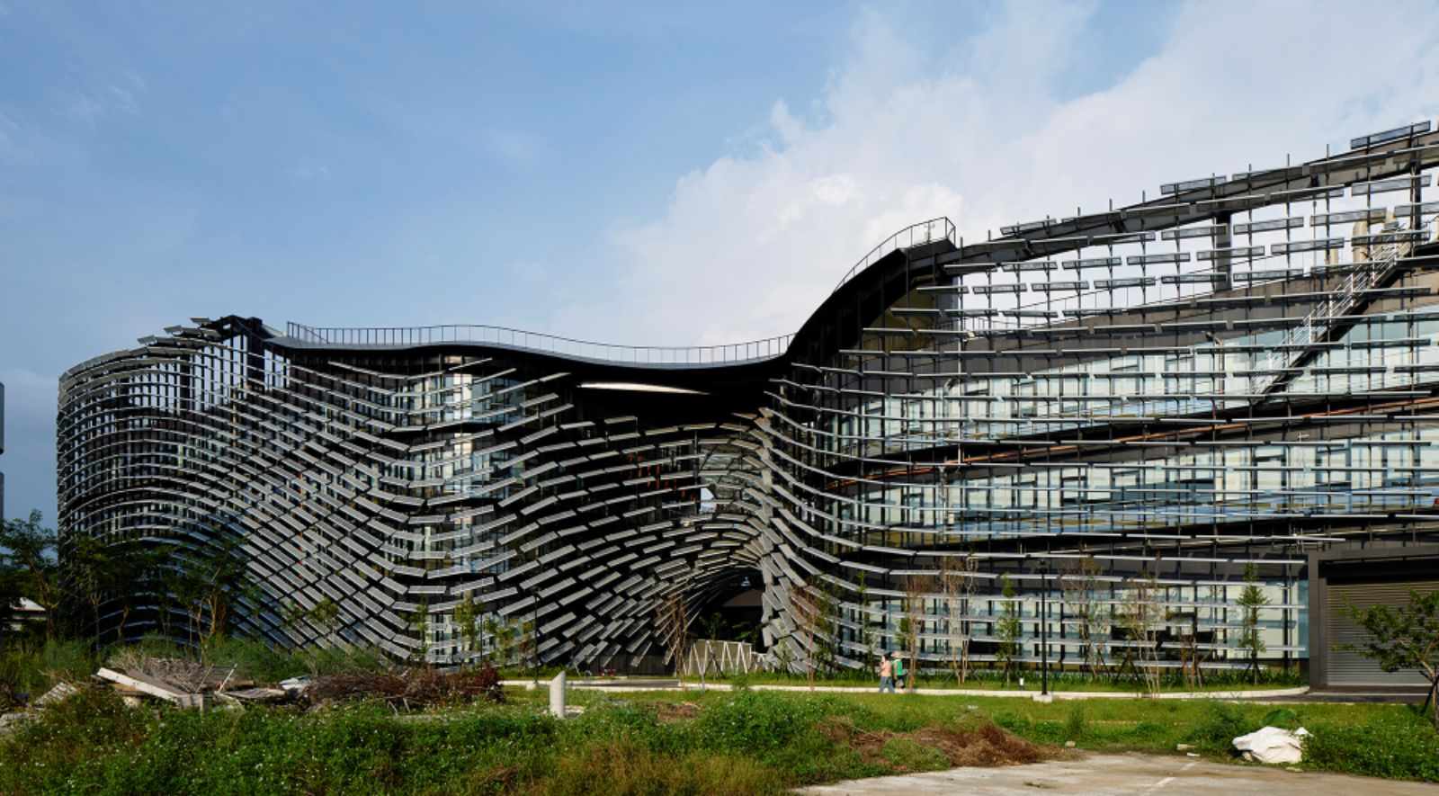 itri exterior design by noiz architects and bio