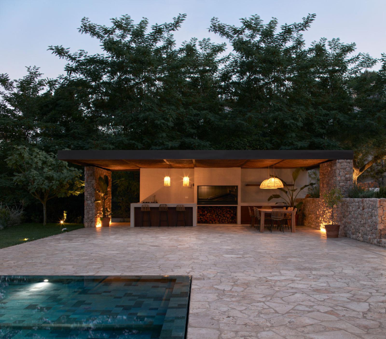 Calma House