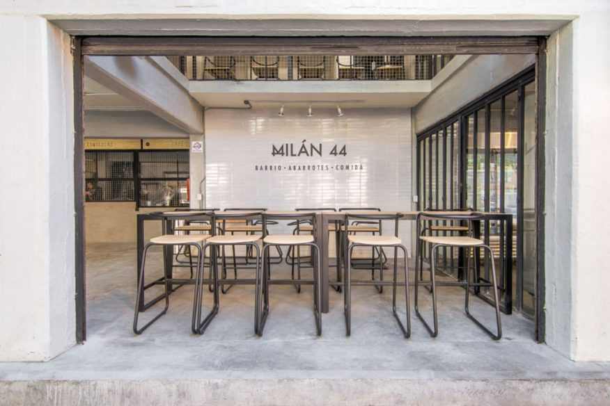 Milán 44