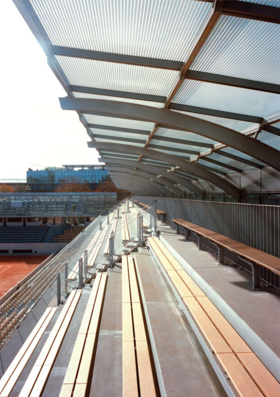 Simonne-Mathieu tennis court