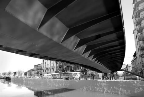Pedestrian and cycle bridges over Naviglio Grande