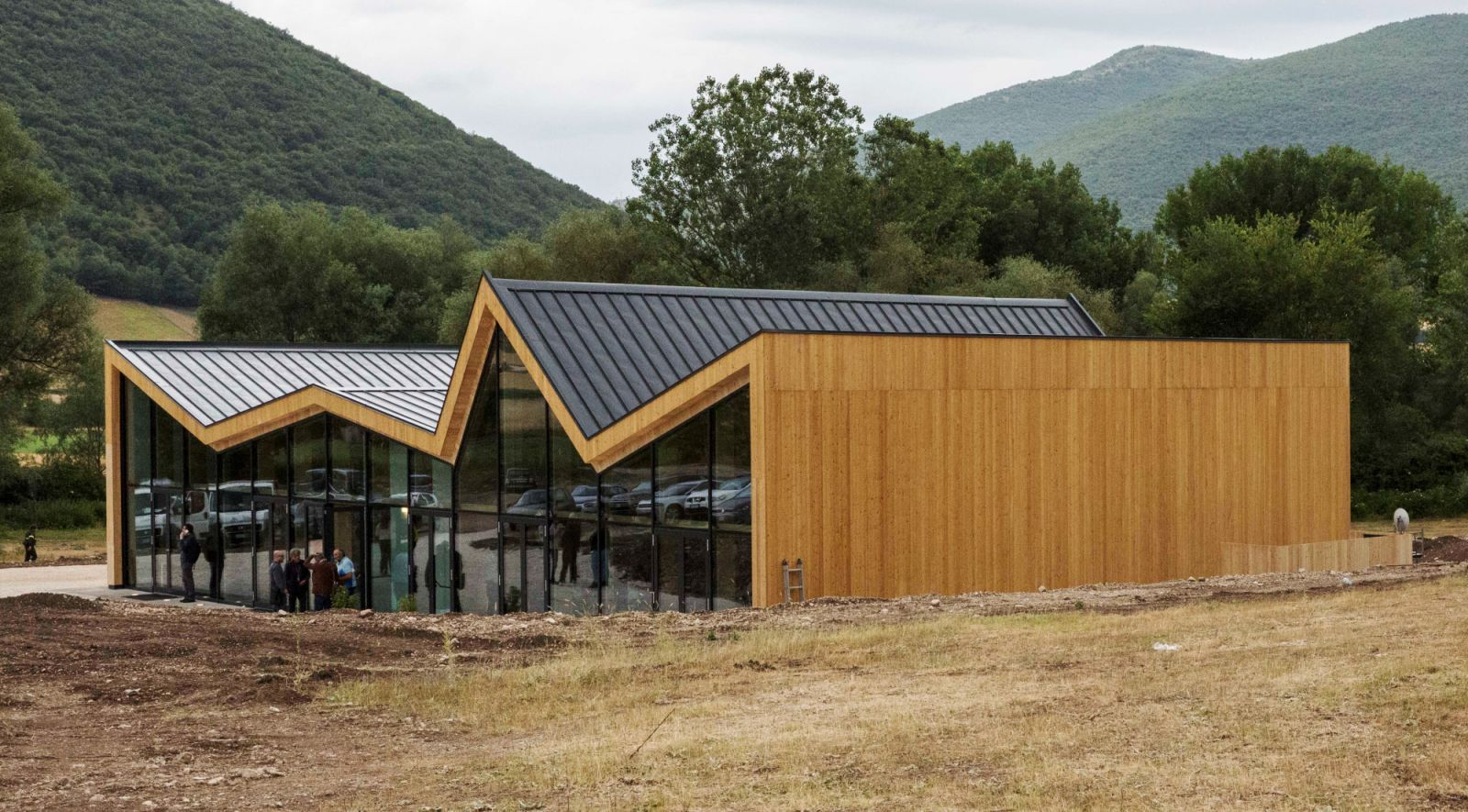 The norcia multifunctional centre by stefano boeri for Architecture 00