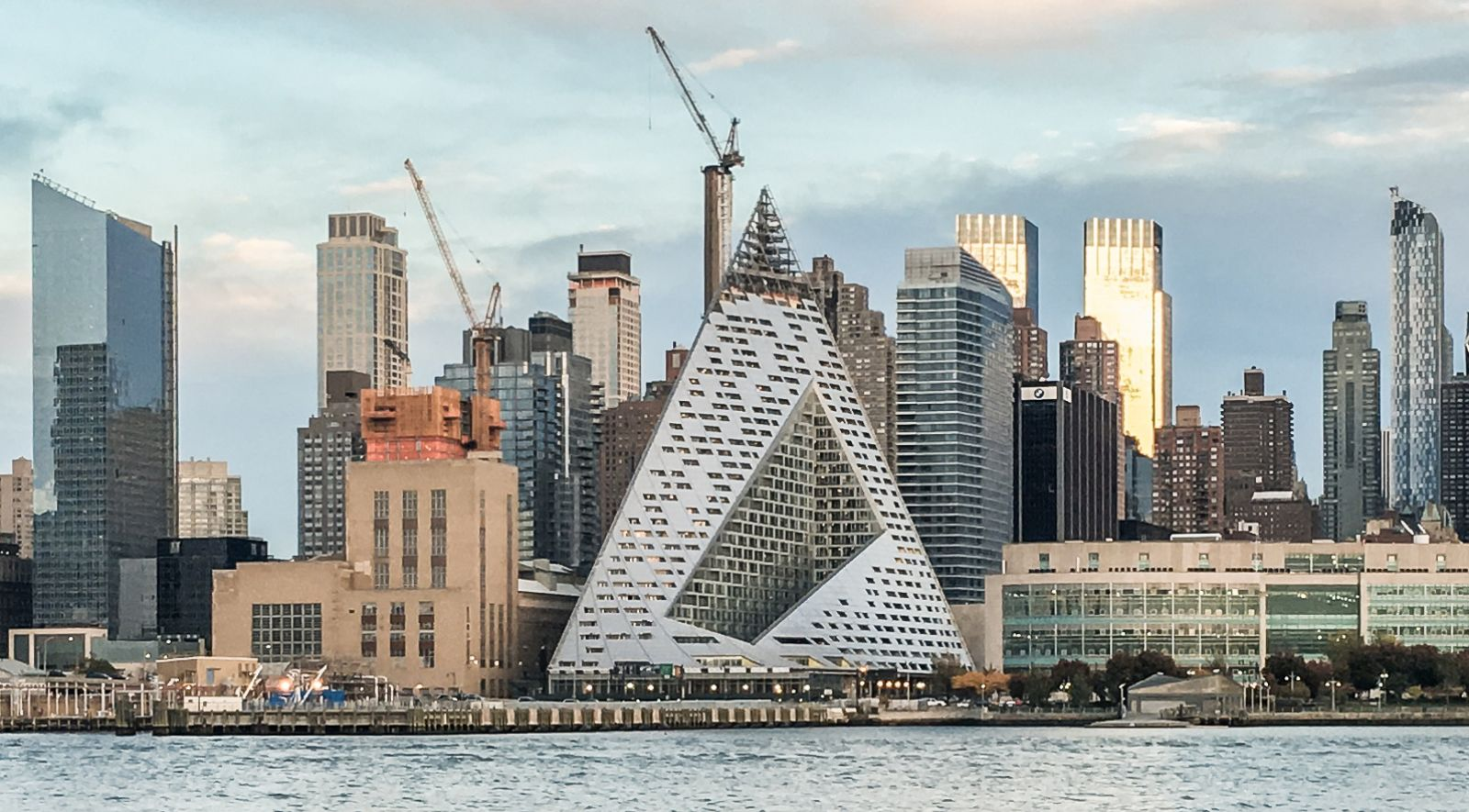 Via at west 57th street by bjarke ingels group set to next for Big bjarke ingels group